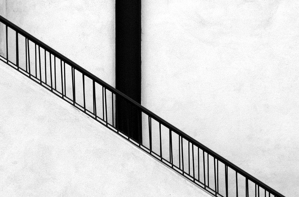 Cuál es el mejor material para revestir una escalera
